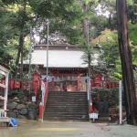 拝殿の階段