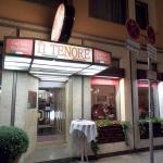 Il Tenore is down this little side-street; you'd never see it if you were not searching for it.