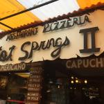 Foto de Hot Springs Restaurant and Pizzeria