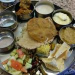 Thali Vegetarian Foto