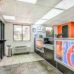 Photo de Motel 6 Madison North
