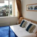 Room 7 - double bed