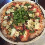 Donatella Specialty Pizza