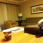 Photo de Embassy Suites by Hilton San Diego - La Jolla