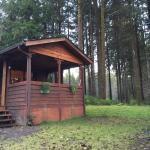 Photo de Huckleberry Lodge Cabins