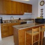 Photo de Discovery Bay Condominiums