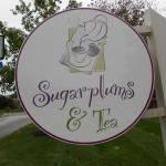 Sugarplums and Tea照片