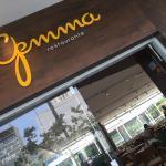 Ótimo restaurante dentro do complexo Porto Seguro.