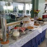 buffet di prima colazione completo