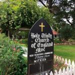 Hold trinity church
