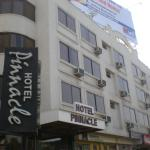 Foto de Pinnacle Hotel