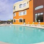 Hotel Spacious Pool