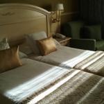 Bonita y comoda habitación.