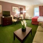 Photo de University Inn Academic Suites