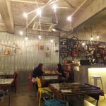 Depot VLO Cafe resmi