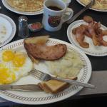صورة فوتوغرافية لـ Waffle House