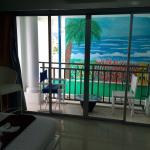 Photo de Santi White Hotel