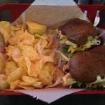 Veggie sandwich with chips