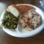 Pulled pork plate with 2 sides