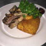 Grilled lamb chops, Parmesan Polenta cakes, broccoli. Yum!