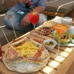 Club sandwich e mix di aperitivi by Federico Morosi and his team