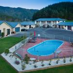 Linkwater Motel & Backpackers