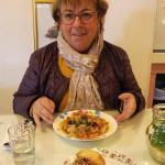 Dégustation d'un potage persan végétarien délicieux !