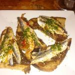 tartine oignons anchois