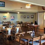 High-Tide Cafe Inside
