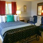 Room 306 • PARADISE ROOM