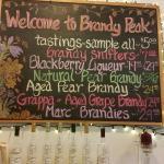 Brandy Peak Distillery Foto