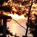 Lever du soleil sur Sithonia.