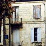 Batiment adjacent typiquement bordelais