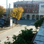 vista stazione dal balcone dell'hotel