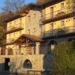Hotel Camoretti - the hotel building in morning light
