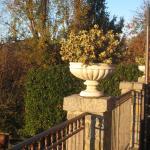 Front terrace detail