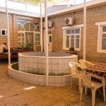 Крытый дворик
