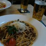 スパゲッティ・ボロネーゼとビール!
