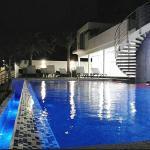 Pool Area (161717573)
