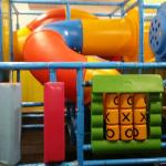 Kids play area off the main dining room