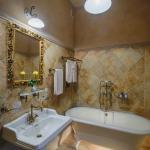 Photo de Villa Elena Hotel & Residences