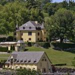 Vue général du château et de ses dépendances