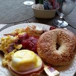 Breakfast (Buffet style)