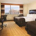 Photo de Doubletree Hotel Tulsa-Downtown