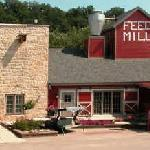 Stone Mill Hotel & Suites Foto