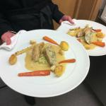 Guinea fowl, roast breast and leg stuffed with spinach and smoked cheese