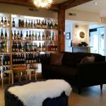 Foto Cork Wine Bar & Market