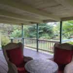 The private veranda of the Green Rose Suite