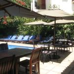 Very relaxing pool area, with bar
