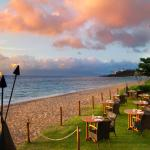 Beach dining with unrivalled ocean views and spectacular sunsets.